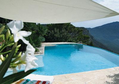 Sonnensegel und Pool Finca Valldemossa